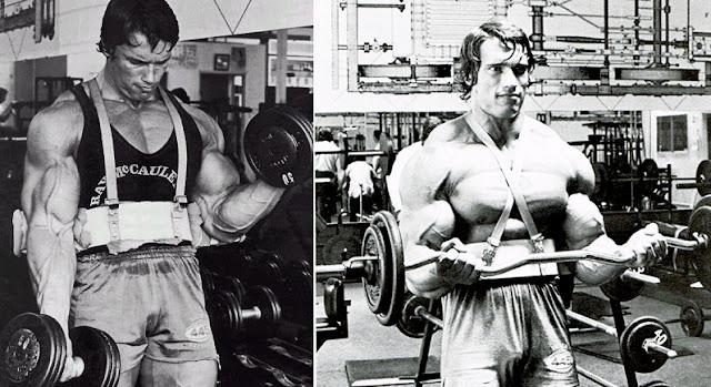 Arnold Schwarzenegger Entrenando curl de bíceps con el Arm Blaster
