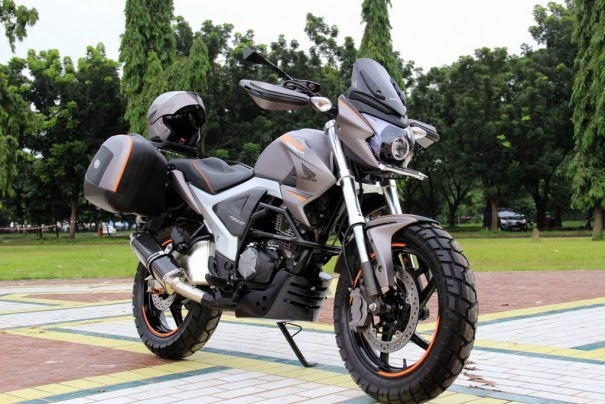 Modifikasi New Honda Megapro FI 2014 Model MAcho Adventure Touring