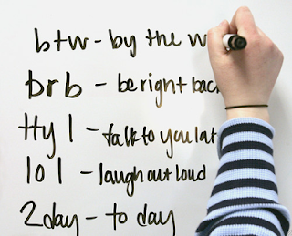 Singkatan-singkatan English Gaul di Dunia Chatting