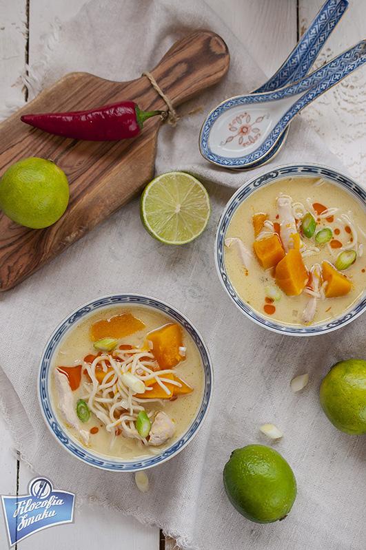 Azjatycka zupa z dynią