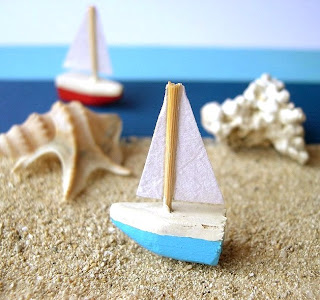 Miniature ship for dollhouse