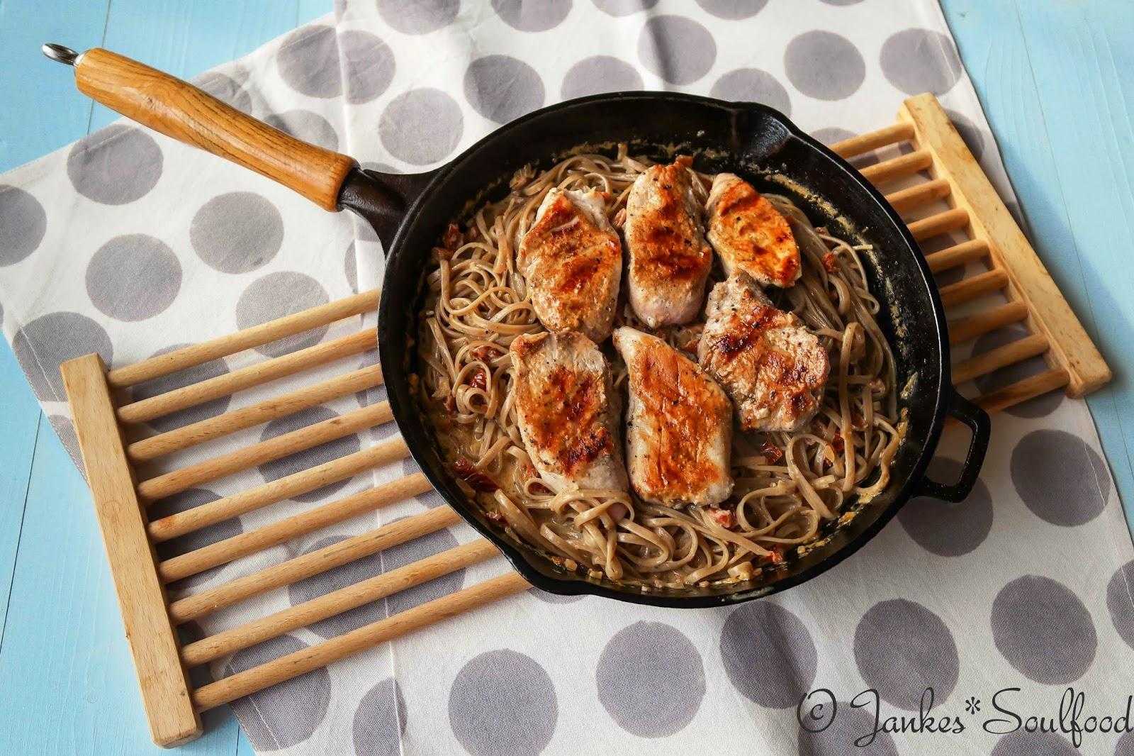 Steinpilzpasta mit Schweinefilet - Jankes Soulfood