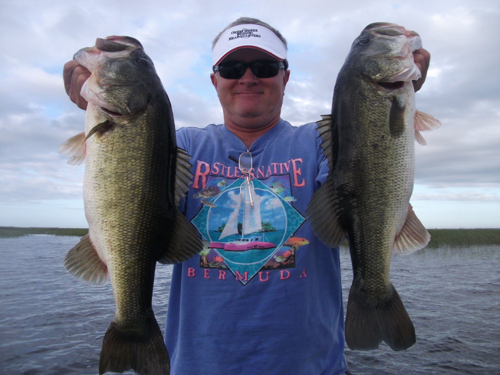 Lake okeechobee fishing guides november big bass of lake for Lake okeechobee fishing guides