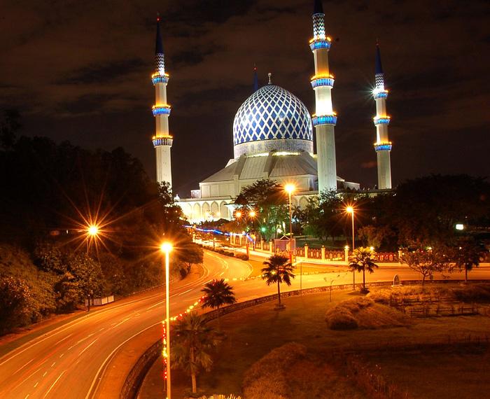مسجد السلطان صلاح الدين عبد العزيز