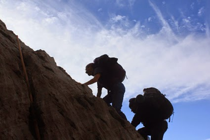 7 Tips Agar Staminamu Tetap Prima Saat Mendaki Gunung