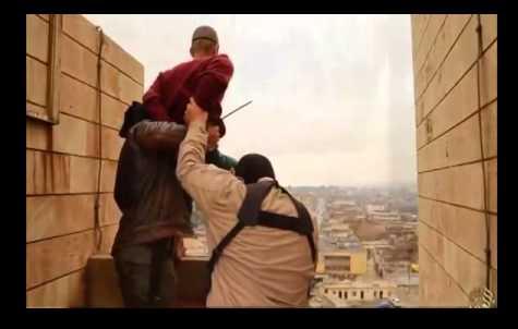 """تعرف على الطلب الذي طلبه المثليون أو الشاذين جنسيا من """"داعش"""" قبل إعدامهم بلحظات !!؟"""