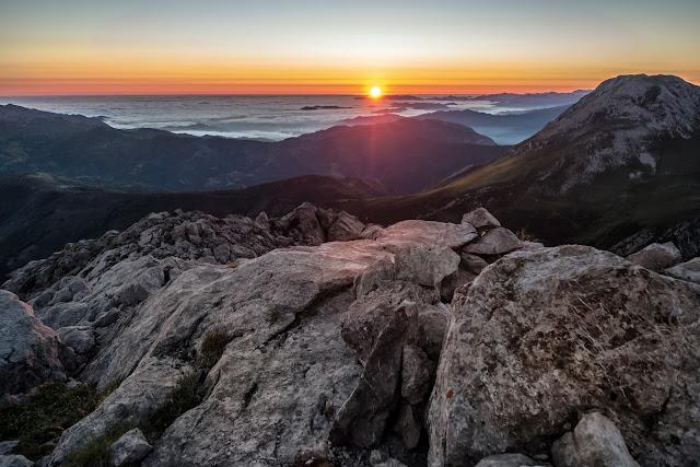 Extrraordinario amanecer Pico Huerto del diablo