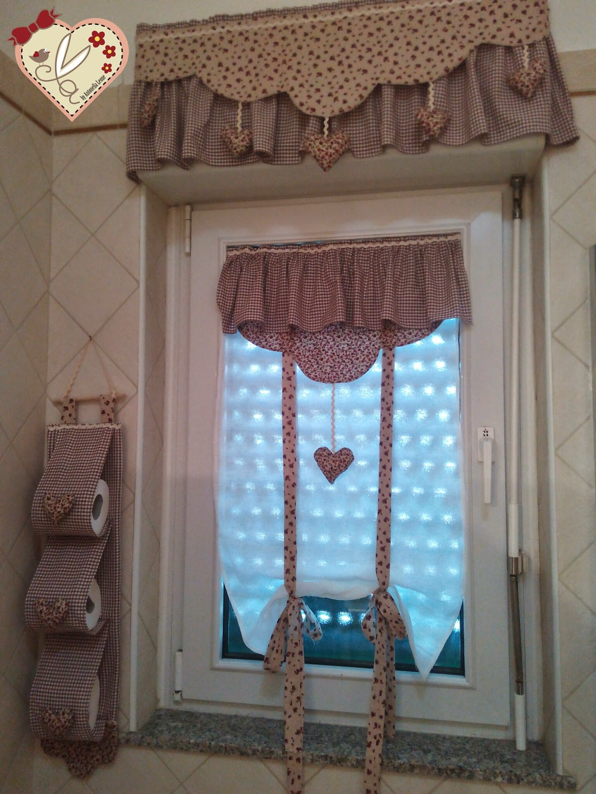 Le creazioni di antonella tende per bagno con dietro - Tende classiche per bagno ...