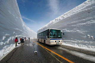 Heavy snowfall in Japan