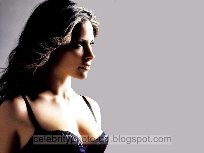 Evangeline+Lilly+Latest+Hot+Photos+With+Short+Biography001
