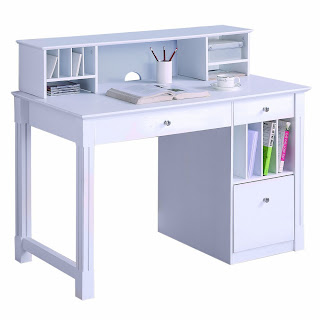 Student Desk: Small Student Desk