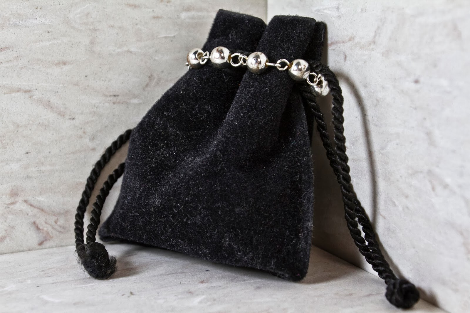 mysterious bag left chained together only to discover a bag of severed legs