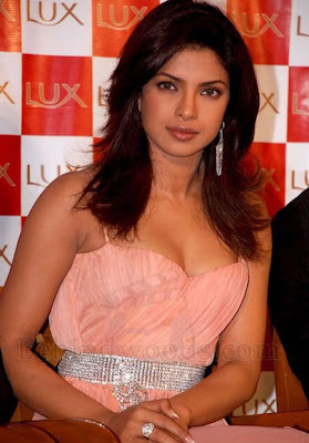 Bollywood Celebrity Priyanka Chopra with pet name Piggy Chops Latest Wallpapers Pics Scenes Image 2011
