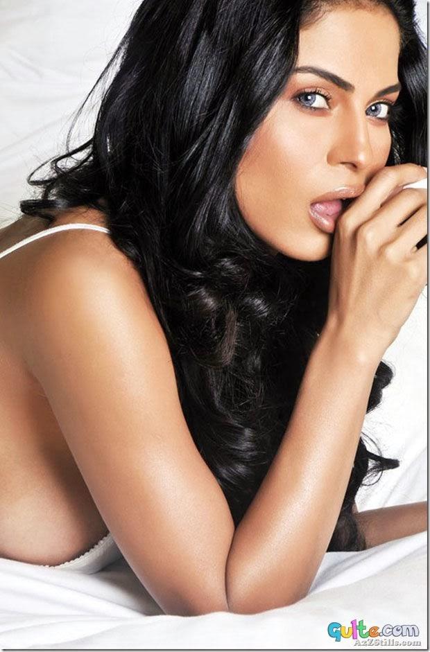 Pk Hot Girl: Veena Malik FHM Photo Shoot Photos