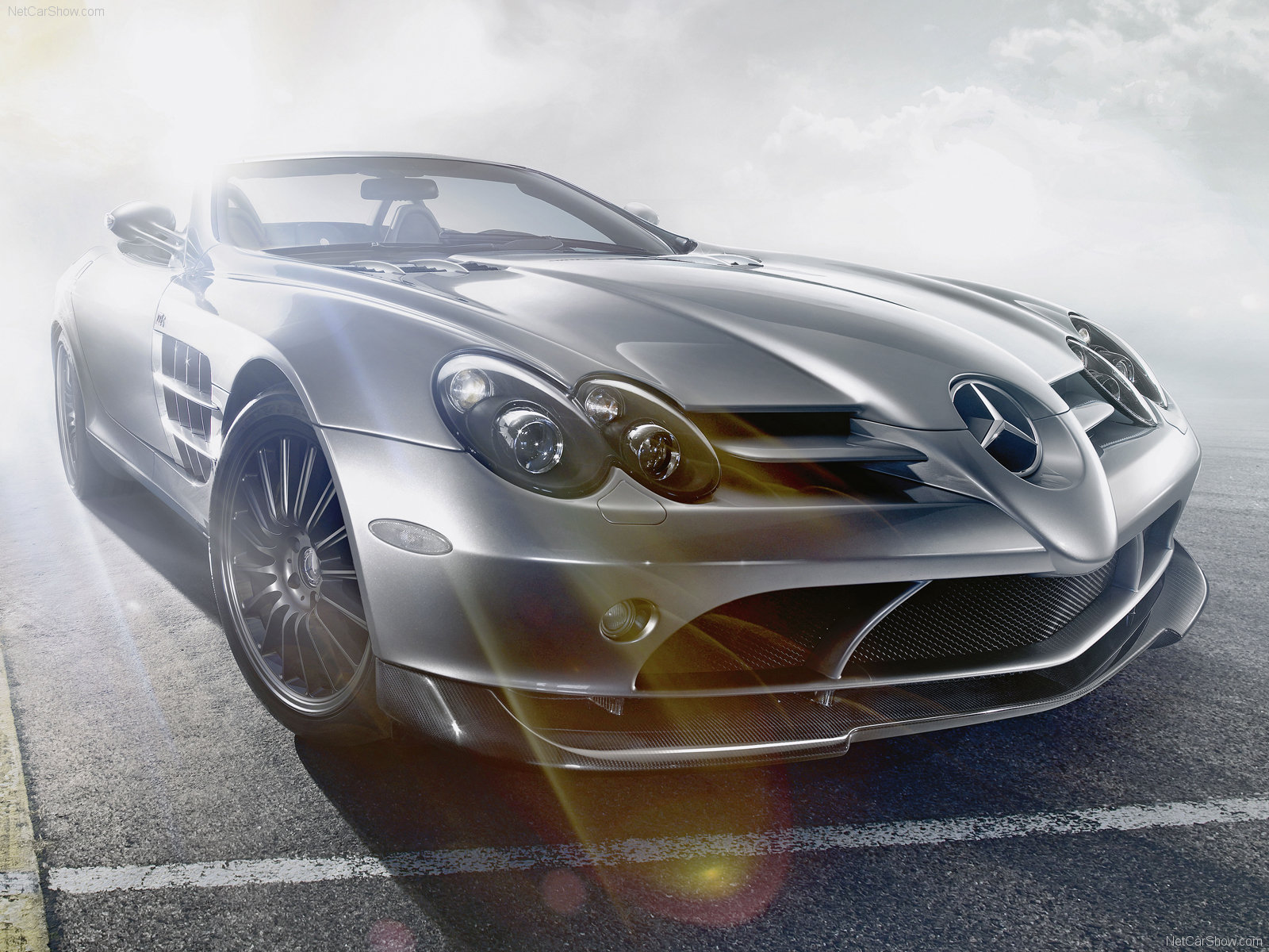 Mercedes benz slr wallpapers world of cars for Mercedes benz slr