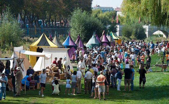imagen_burgos_cid_medieval_cidiano_mercado_publico_rio_arlanzon_puestos_campamento_talleres