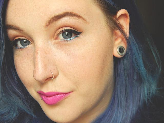 Bright make up