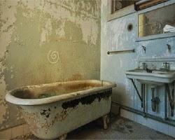 Juegos de Escape Abandoned toilet Escape