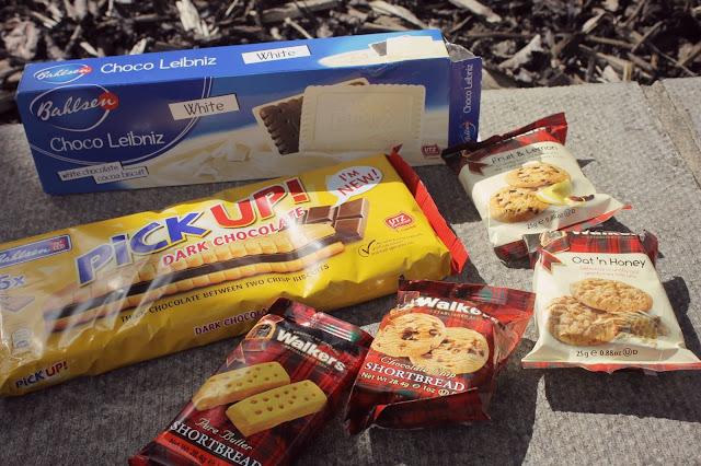 walkers tartan biscuit packets