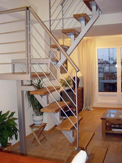 Herreria lavalle escaleras y barandas for Escaleras de duplex