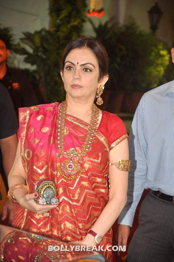Nita Ambani - (24) - Esha Deol Wedding Pics 2012 - Full Set