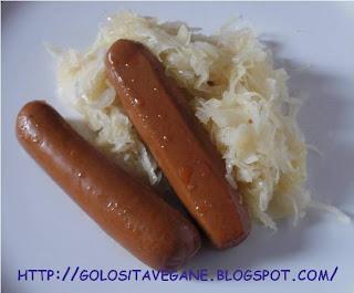 aglio, alloro, Contorni, crauti, cumino, ricette vegan, strudel,