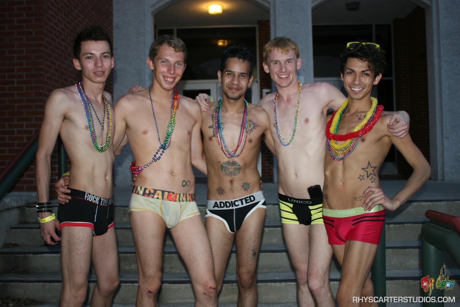 Gay San Antonio map - Gay hotels, bars, parties, saunas