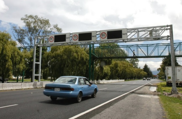 Límites de velocidad en autos