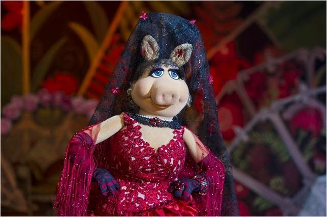 """Peggy interpreta """"La Macarena"""" en El Tour de los Muppets"""