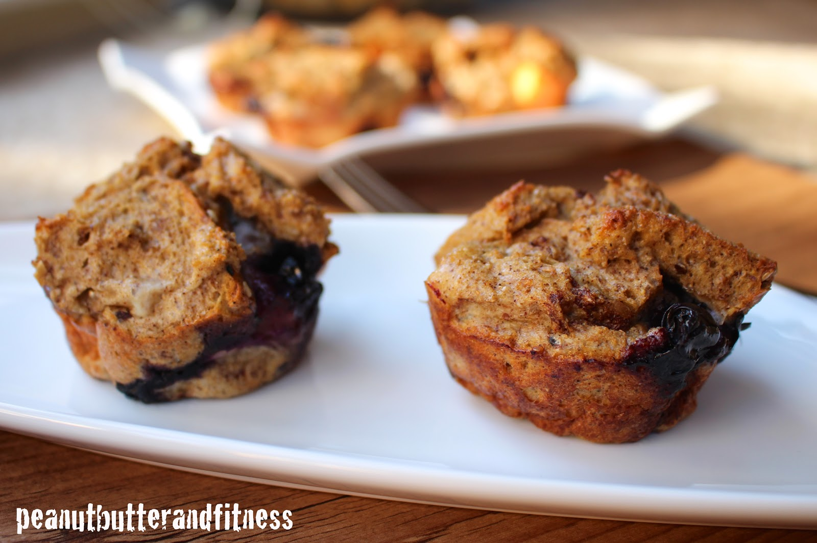 PEANUT BUTTER AND FITNESS: Peach Blueberry Protein French Toast Cups