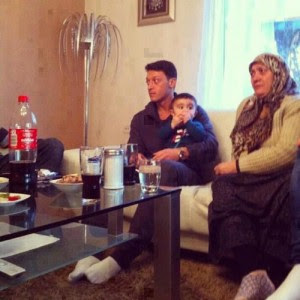 Mesut Ozil Family Images & Pictures - Becuo