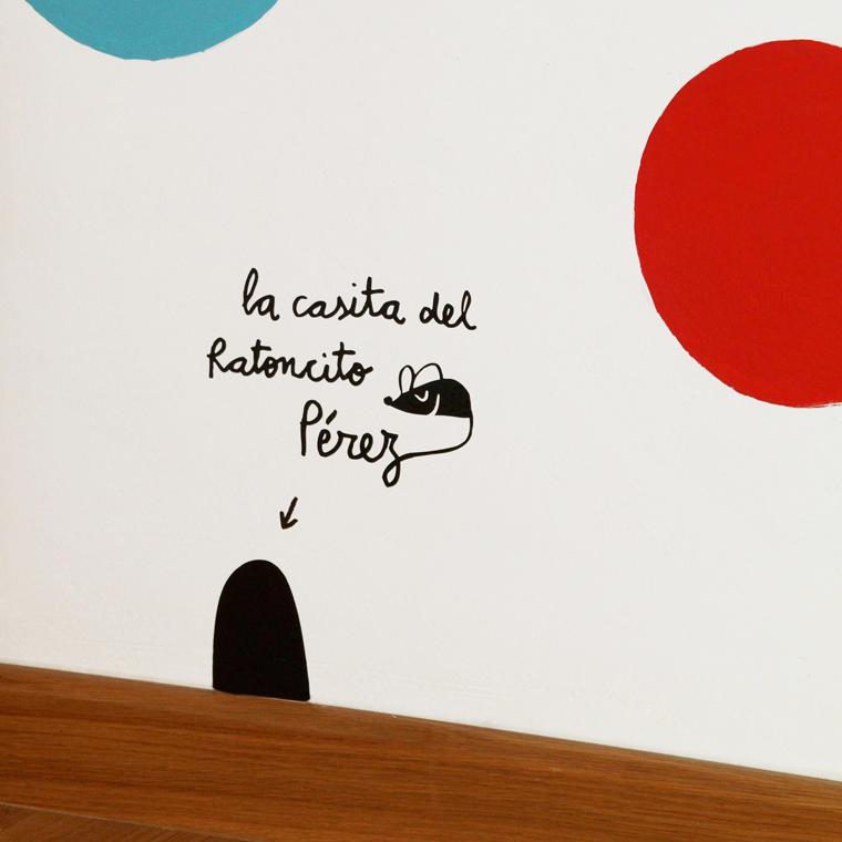 http://www.chispum.com/vinilo-la-casita-del-ratoncito-Perez