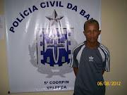 """Valdimex Santos da Paixão, conhecido por """"Memek"""" é o responsável por dois ."""