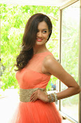 Subhra Ayyappa latest photos-thumbnail-14
