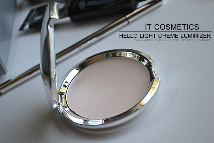 It Cosmetics Your Most Beautiful You 6 Piece Antiging Makeup Collection Hello Light Creme Luminizer Cream Highlighter Beauty Blog Photos Swatches