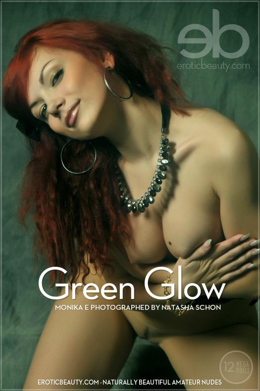 EroticBeauty-10 Monika E - Green Glow 11060