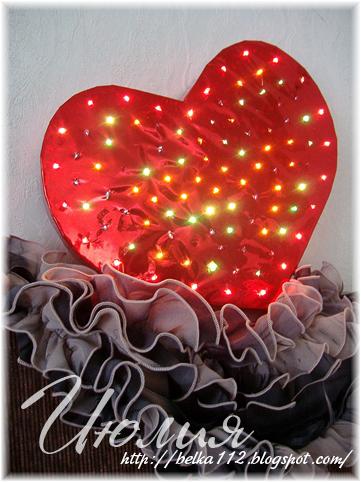 Васильки из гофрированной бумаги с конфетой своими руками 42
