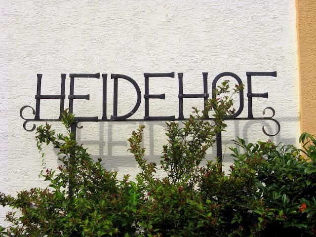 Foto mit Schriftzug Heidehof