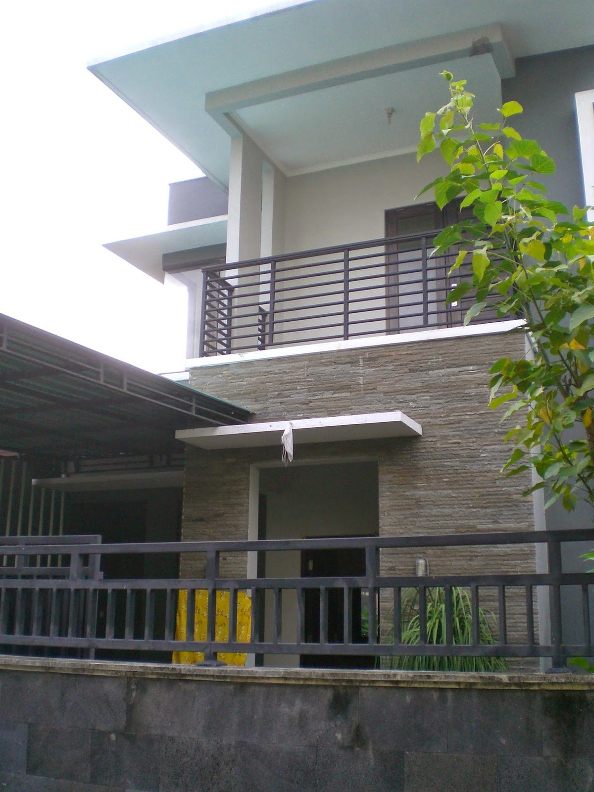 desain rumah minimalis 2 lantai type 100