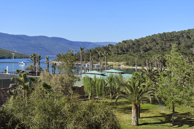 view hotel room Crystal Green Bay Resort Turkey