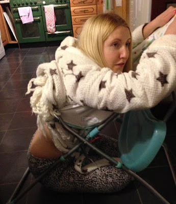 Terperangkap di kerusi gara-gara bergurau