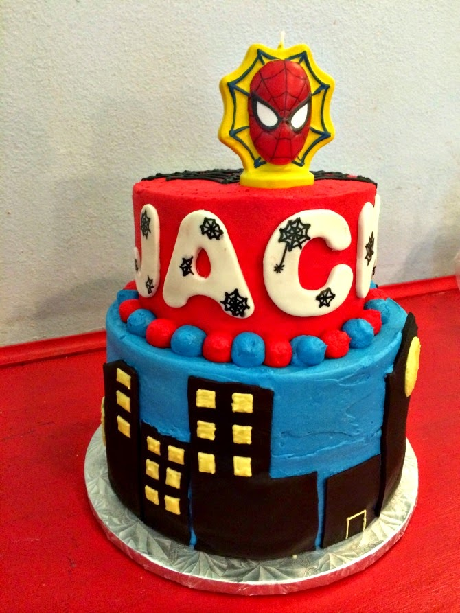 Sweet Elise: Spiderman Cake