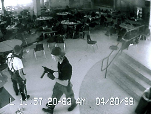 the tragedy of the columbine high school shooting incident The real columbine the story a complete chronological report the jefferson county sheriff's investigation into the columbine high school shooting is winding down on september 23rd internet magazine saloncom published a report detailing the entire shooting incident.