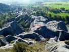 La zona de margues gris-blavoses coneguda com Les Cendres vista des del Mirador dels Terressos Blancs