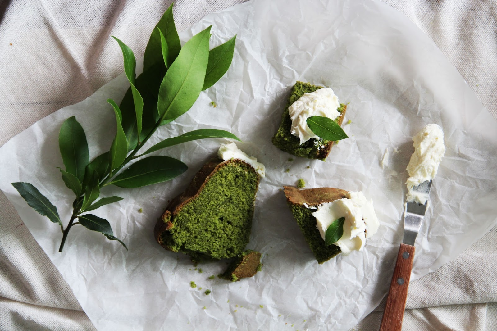 matcha green tea bundt cake fork and flower. Black Bedroom Furniture Sets. Home Design Ideas