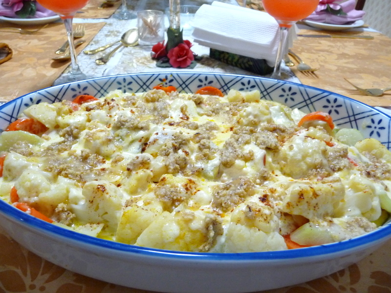 SPLENDID LOW-CARBING BY JENNIFER ELOFF: VEGETABLE AU GRATIN CASSEROLE