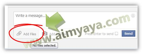 Gambar: Cara mengirim /upload file via dialog Message di Facebook