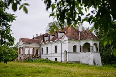 erdélyi arisztokrácia, Kálnoky-kastély, Kálnoky Tibor, Kálnoky-gróf, műemlékek, Erdély, Székelyföld,