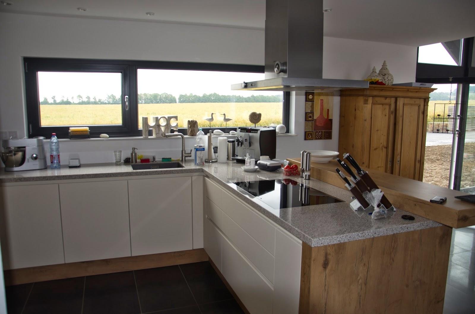 wir bauen unser traumhaus: oktober 2014 - Lichtband Küche