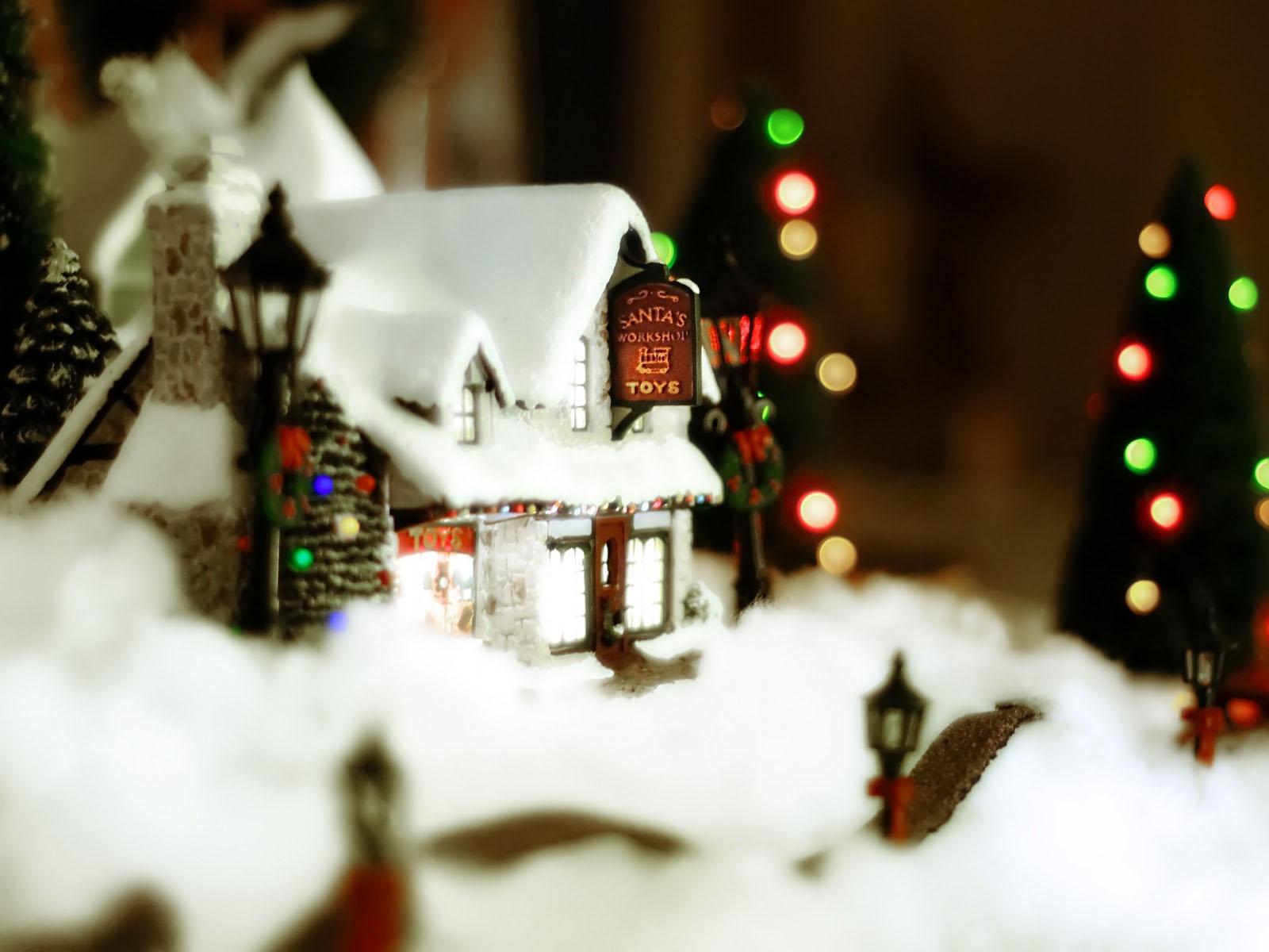 Christmas toy wallpapers salon des refus s - Christmas village wallpaper widescreen ...